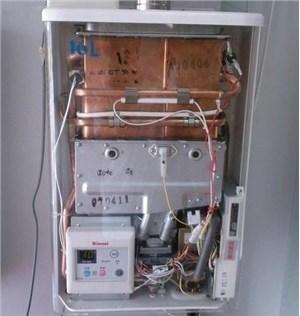 林内热水器排气管是否能够和吸油烟机的烟管共用一个烟道