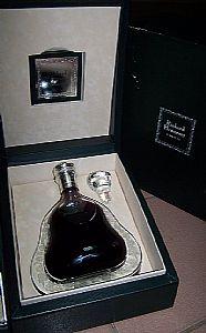 深圳回收轩尼诗洋酒,全系轩尼诗洋酒回收报价
