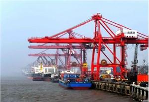 为什么旧设备要运至上海港口而不是深圳或广州港口?