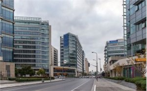 广州写字楼市场年内租金下降态势或持续