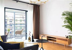武汉旧房翻新墙壁刷漆还是贴壁纸好?