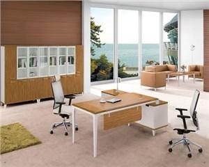 怎么清洁浅色的办公家具才有效?