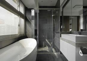 上海旧房装修改造卫生间不仅需要铲除前面还需要做好防水