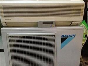 广州大金空调开机自动停机显示e2是什么问题?怎么修理?