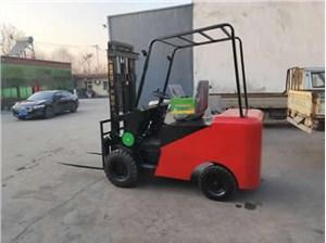 杭州电动叉车为什么比柴油叉车贵?