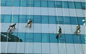 邢台外墙清洗的安全操作及施工方式