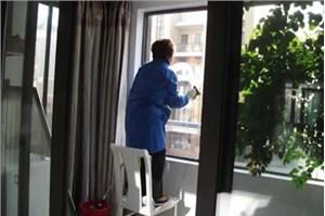 家庭门窗的保洁注意事项