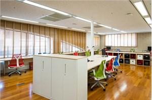 大自然风格的200平方米办公室装修设计展示